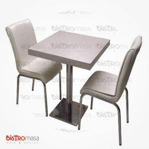Beyaz cafe masa sandalye