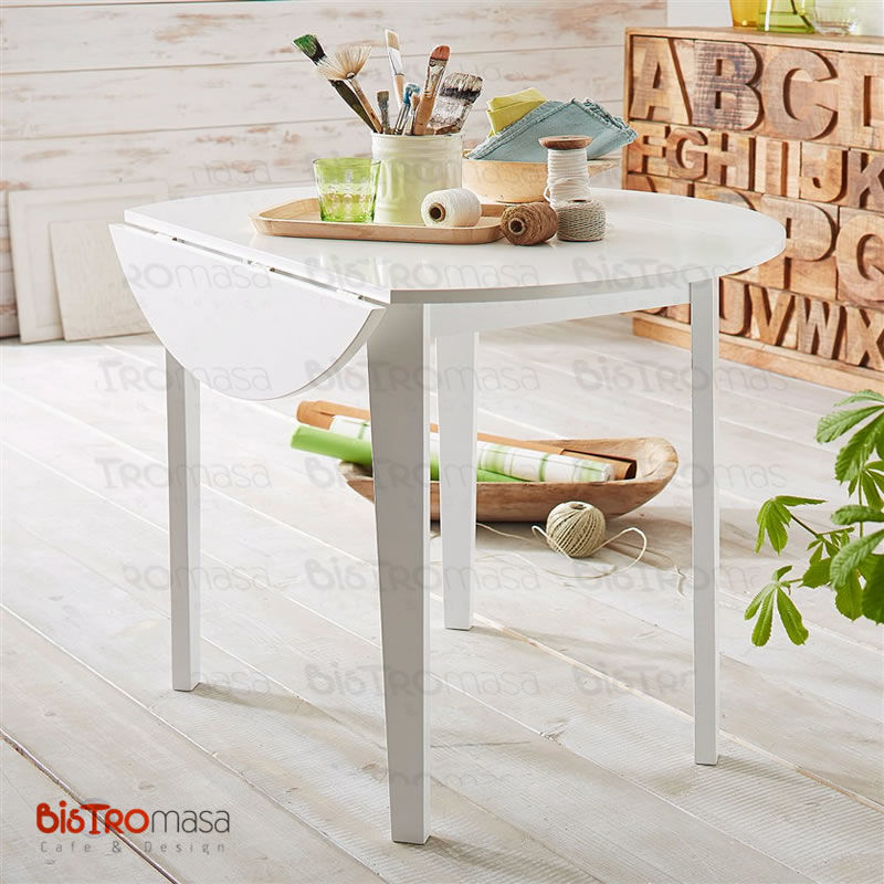 Beyaz renk yuvarlak masa