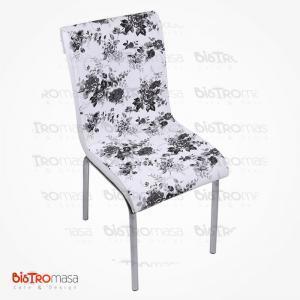 Siyah çiçekli petli sandalye