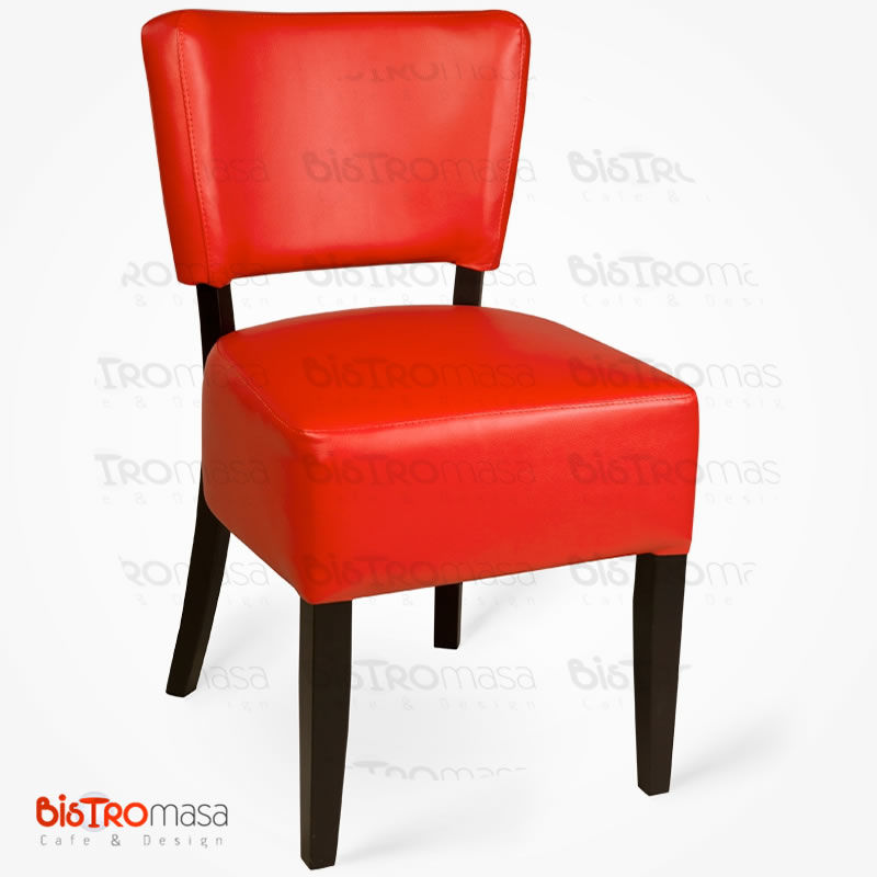 Kırmızı ahşap cafe sandalyesi