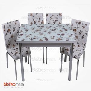 Kahverengi çiçekli mutfak masası