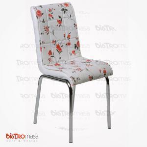 Turuncu çiçekli petli sandalye