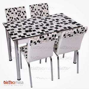 Dama desenli açılır mutfak masası