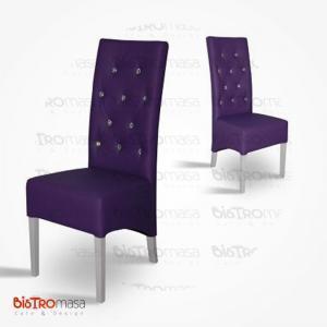 Mor renk kapitoneli paçalı sandalye