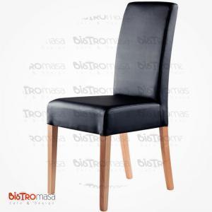 Siyah renk giydirme ahşap sandalye