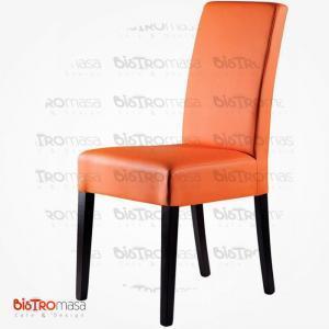 Turuncu renk giydirme ahşap sandalye