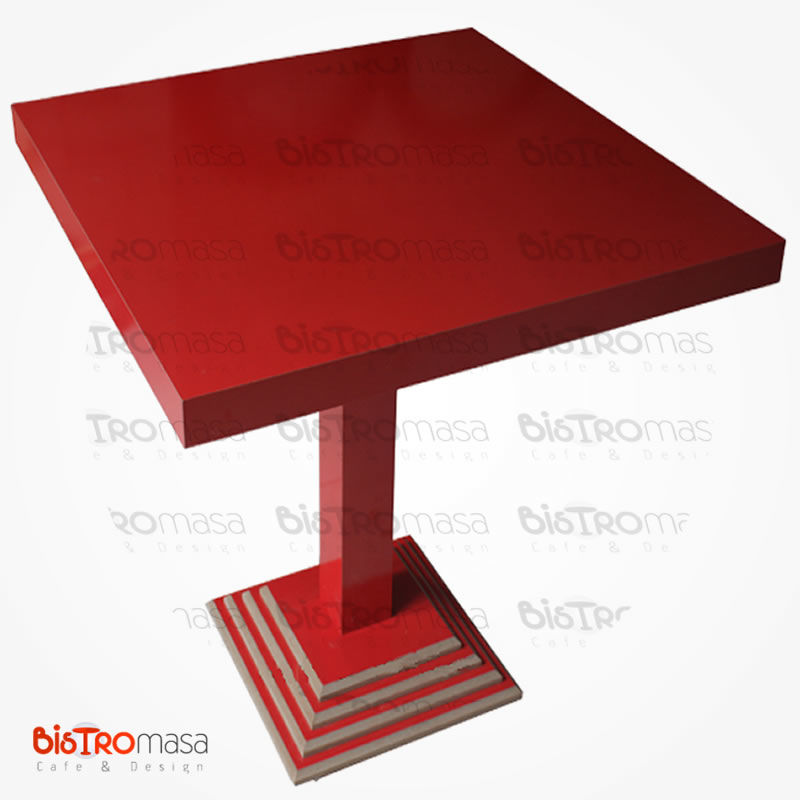 Kırmızı cafe masa